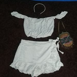 Forever 21 M white eyelet skort & crop top outfit